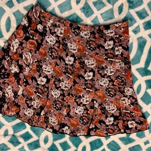 Urban outfitters. floral skater skirt🍁fall. Sz 8